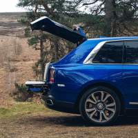 Rolls-Royce Cullinan offers a bespoke Recreation Module in the trunk