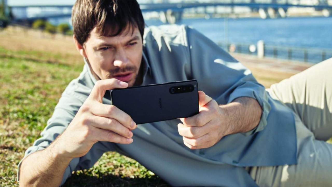 Sony mobile business finally recorded a profit