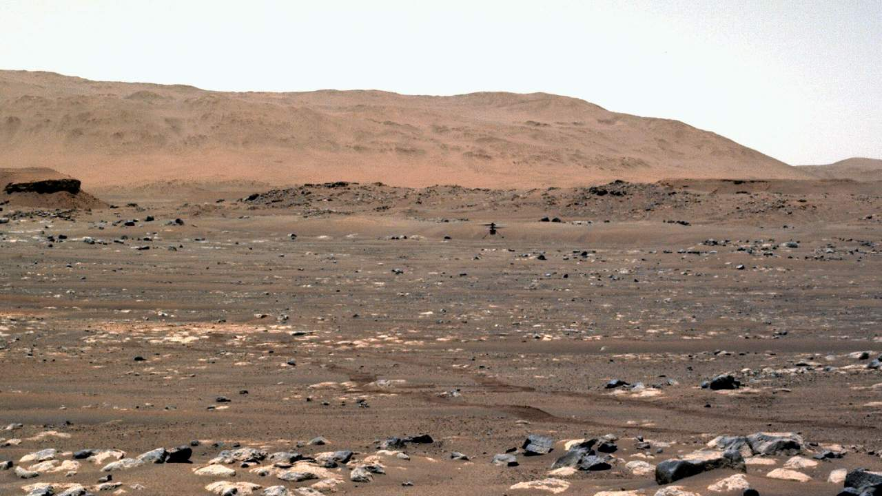 This enhanced NASA Mars helicopter video solves the Ingenuity dust puzzle