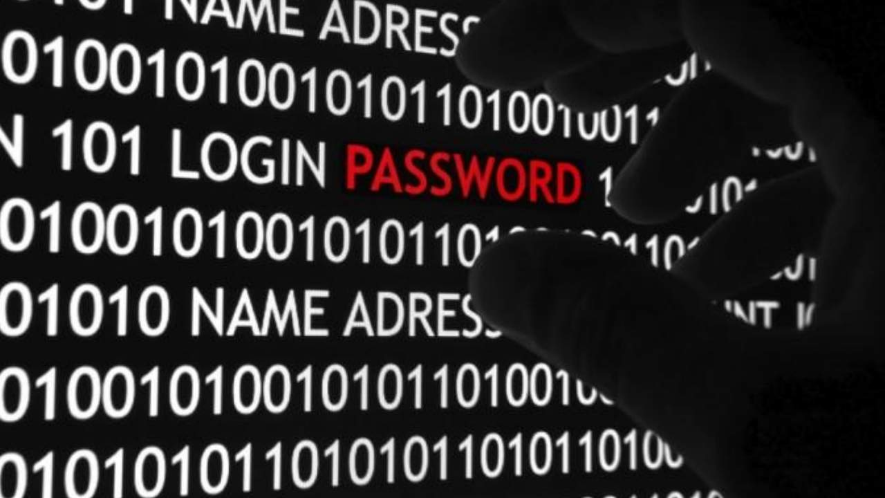 Android malware that steals passwords is spreading fast