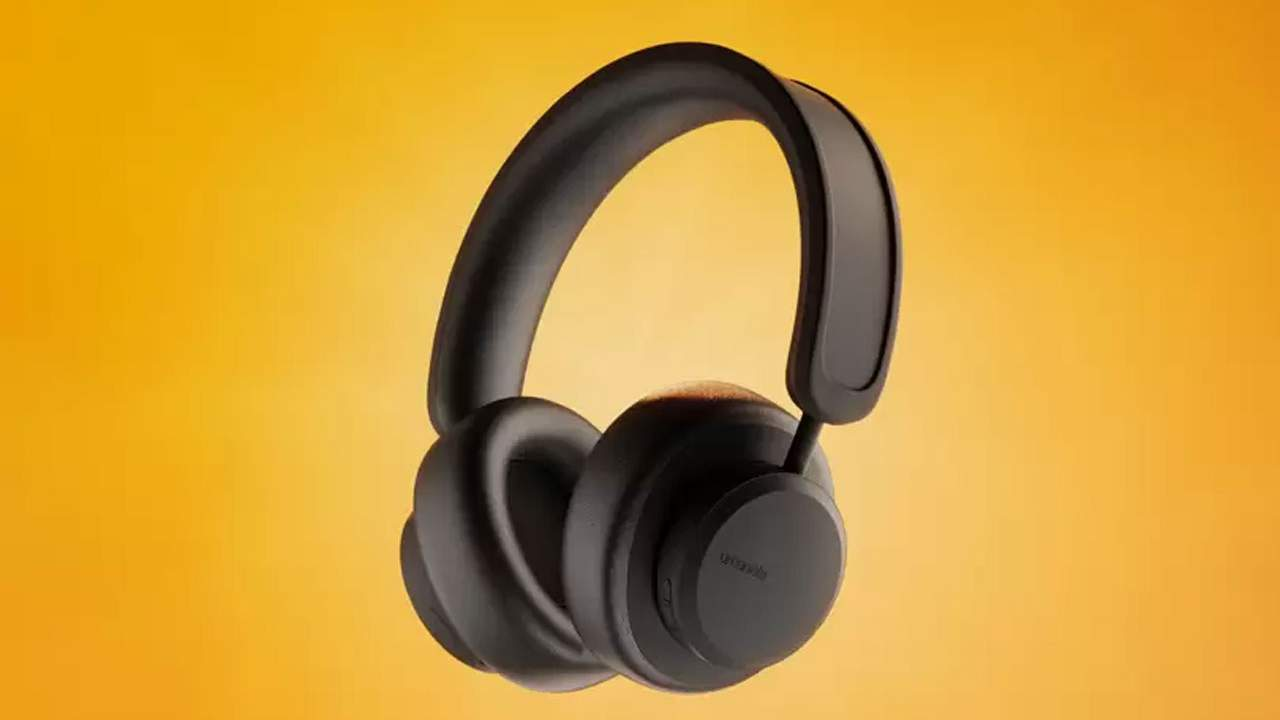 Urbanista Los Angeles headphones charge using any light source