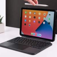 Brydge Air MAX+ adds a keyboard and multitouch trackpad to the latest iPad Air