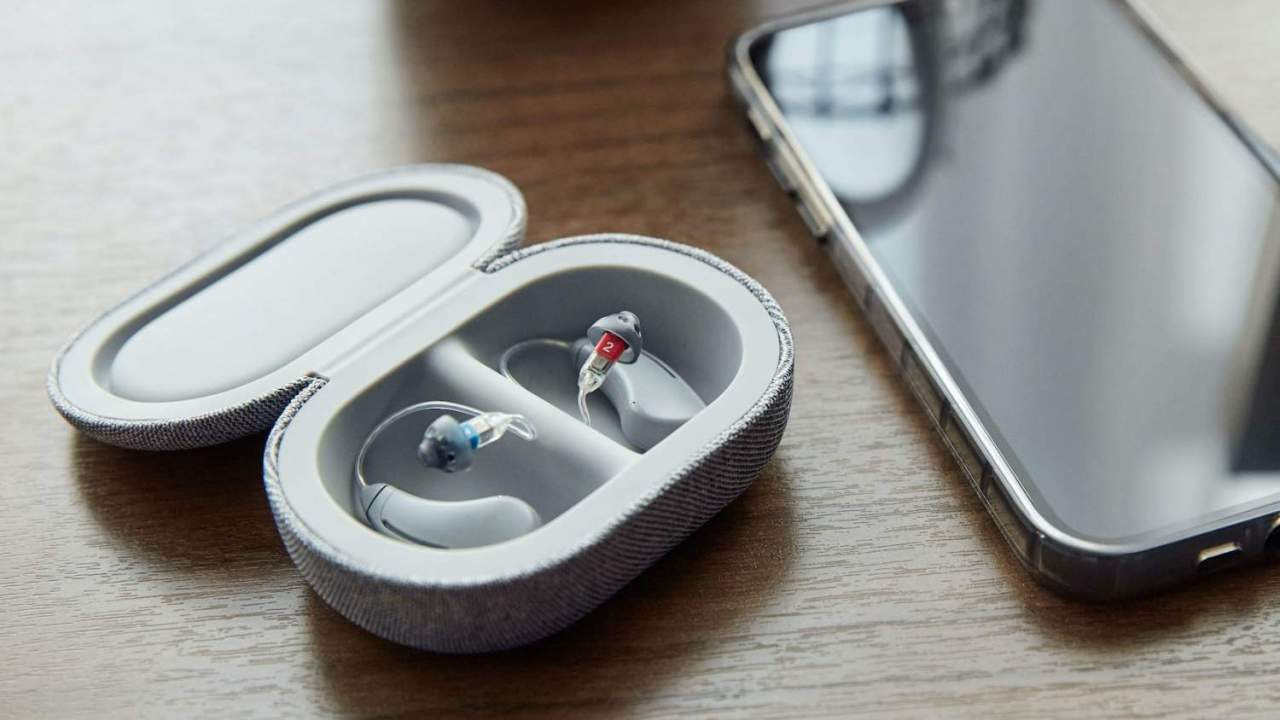 Bose SoundControl Hearing Aids target the biggest headache in hearing loss