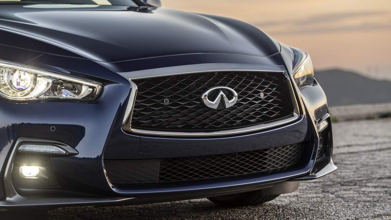 2021 Infiniti Q50 Signature Edition gets new exterior and interior updates