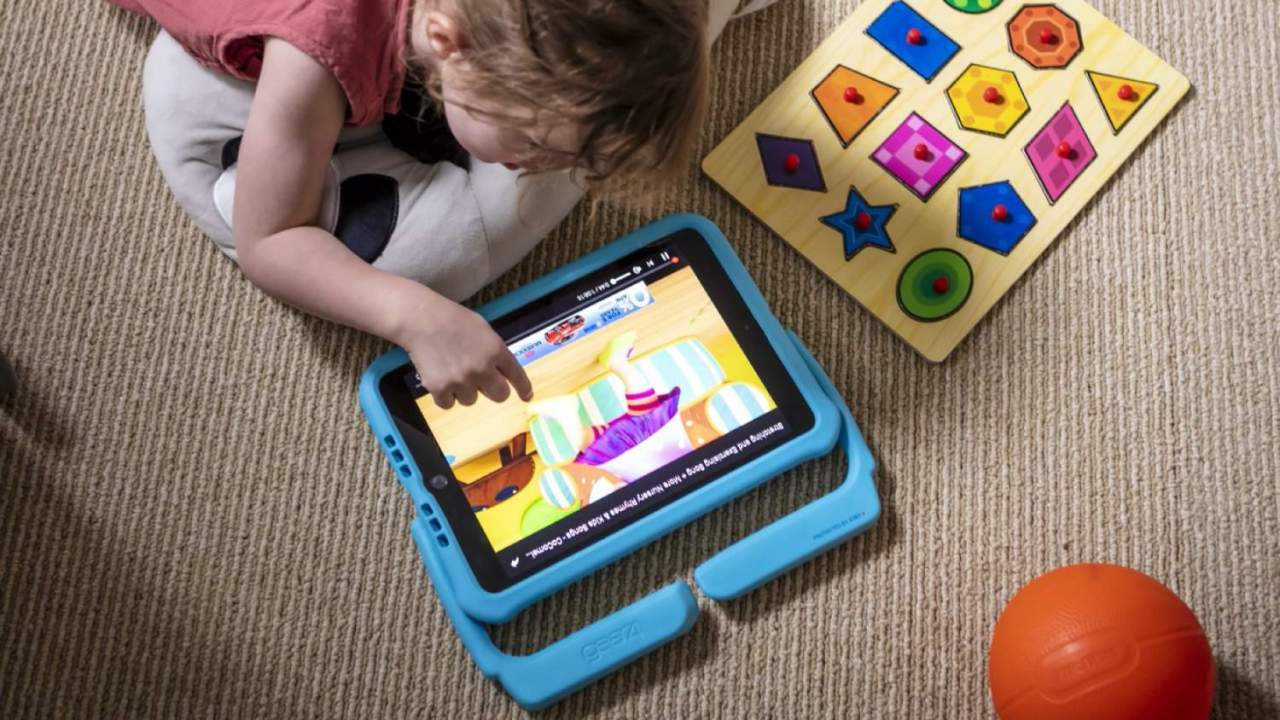 Gear4's new kid-friendly iPad case has an antimicrobial shield