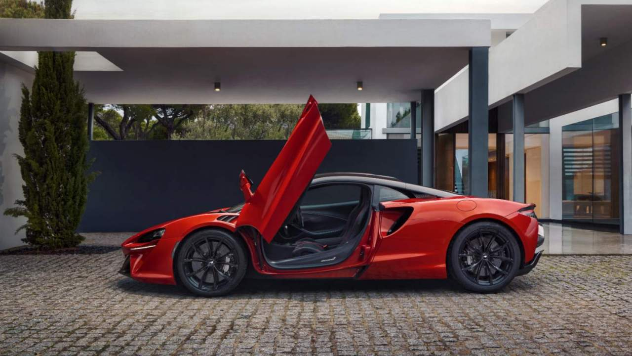 I'm fascinated by the McLaren Artura hybrid – This is why