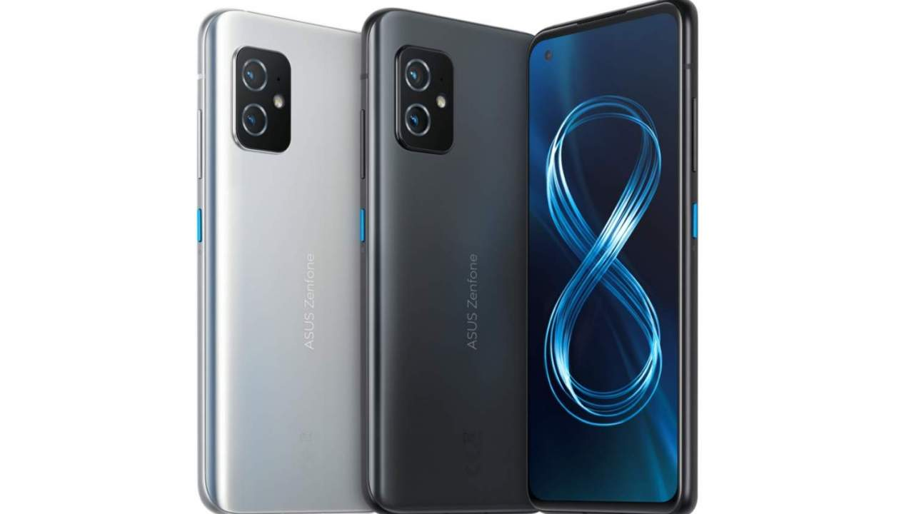 ASUS Zenfone 8 packs Samsung OLED and Sony cameras into a smaller 5G flagship