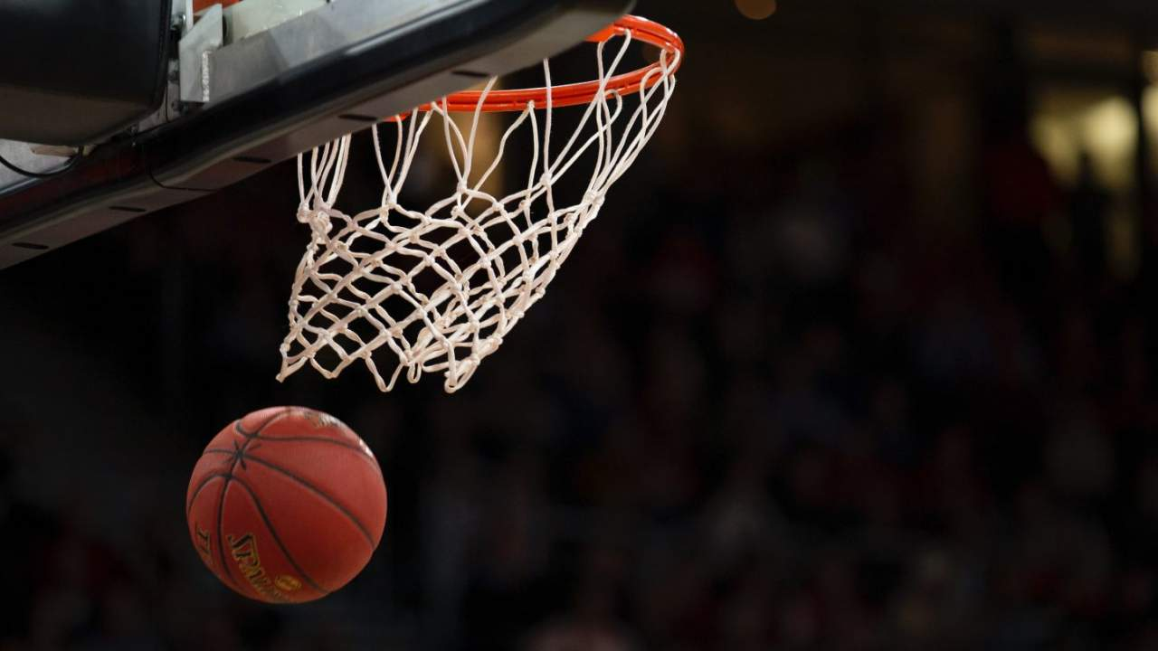WNBA games will be streamed on Oculus, Twitter, and Facebook Watch