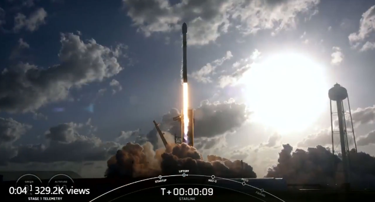 Successful SpaceX launch puts 52 more Starlink satellites into orbit