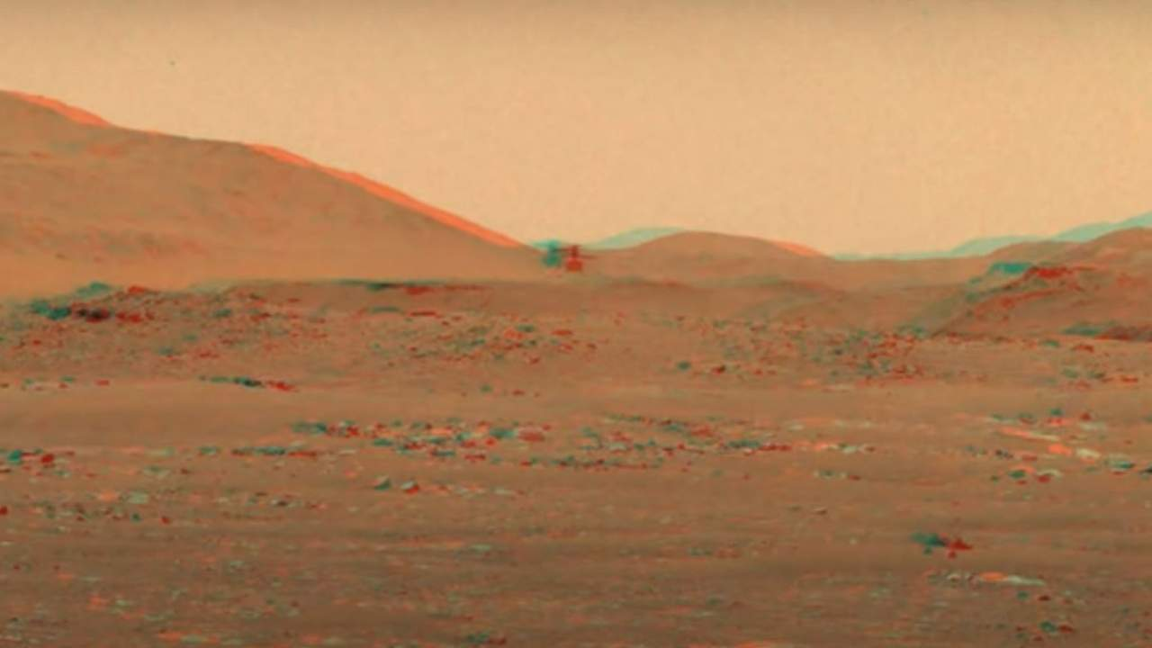 Watch NASA's Ingenuity helicopter fly on Mars using old school 3D glasses