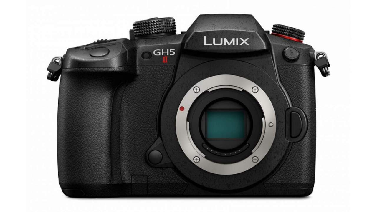Panasonic Lumix GH5 II official plus new M4/3 flagship GH6 specs teased