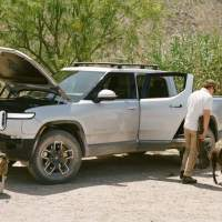 Rivian R1T by the numbers: EV pickup spills bed, towing & storage secrets