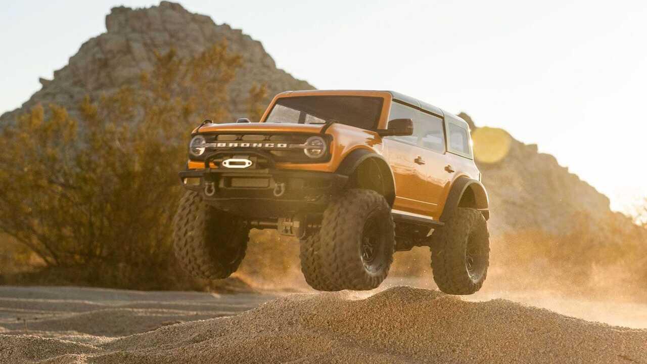 This Traxxas Ford Bronco TRX-4 is a big boy's toy