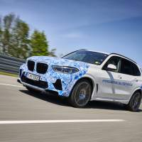 BMW X5-based hydrogen fuel cell prototype begins testing in Europe