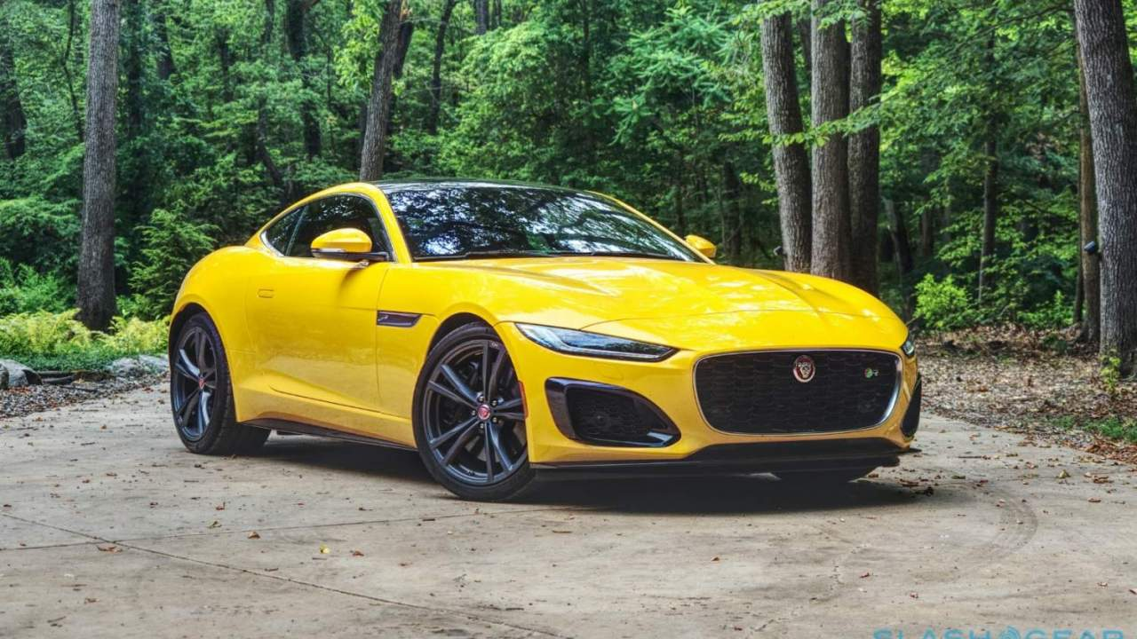 2021 Jaguar F-TYPE R Review: Claws in