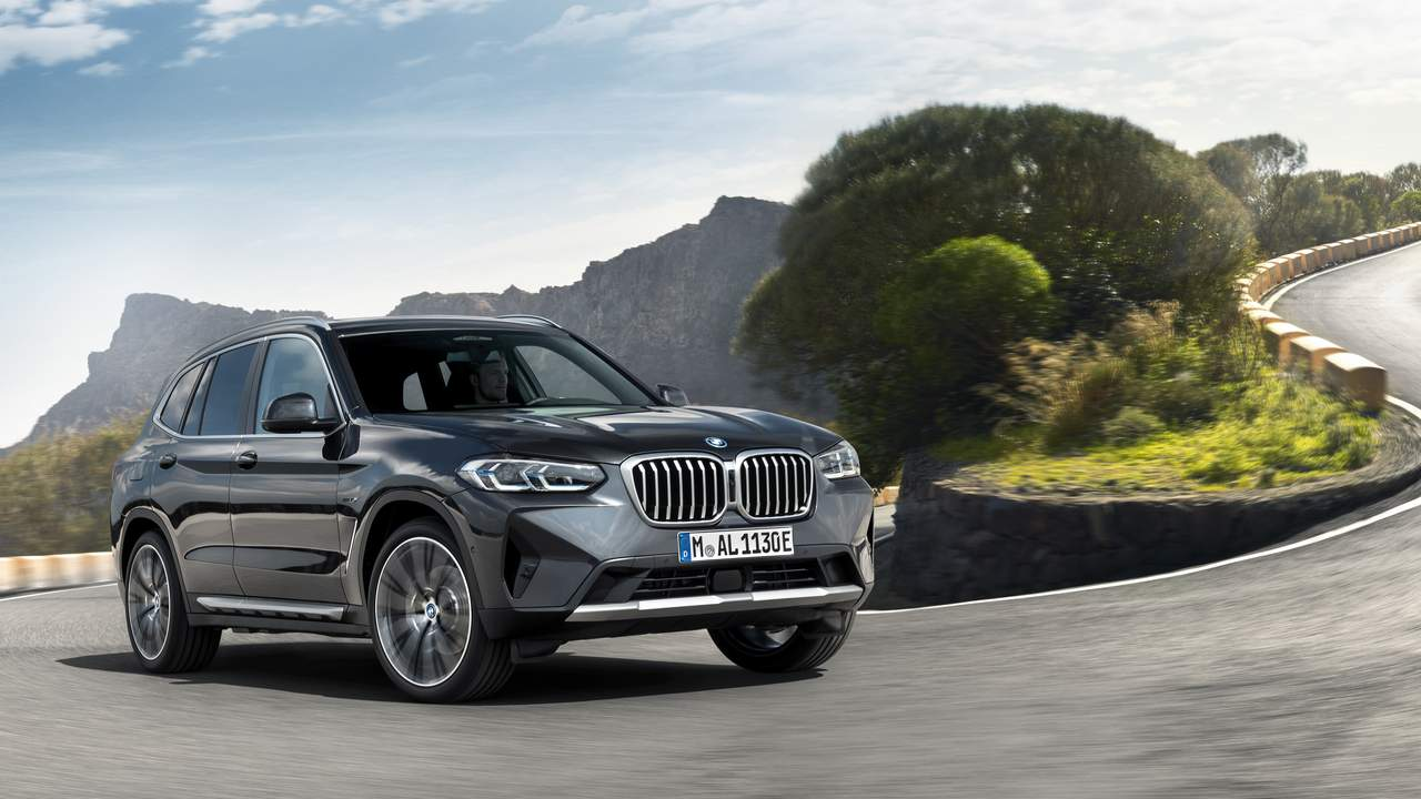 2022 BMW X3 and X4 gets updated styling and larger kidney grilles