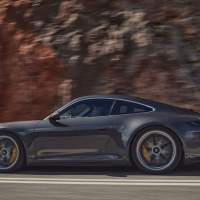 2022 Porsche 911 GT3 Touring offers the same thrills minus the wing