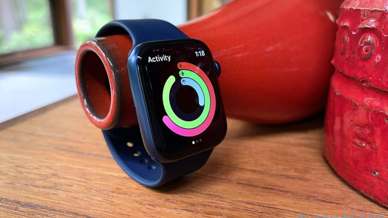 Apple Watch Series 7 screen and size changes leak but with bad news too