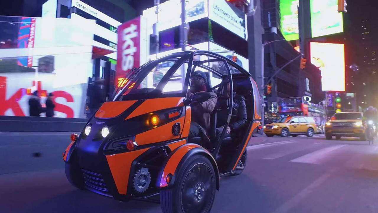 Arcimoto's tilting EV plan tackles the angles gas-guzzlers ignore