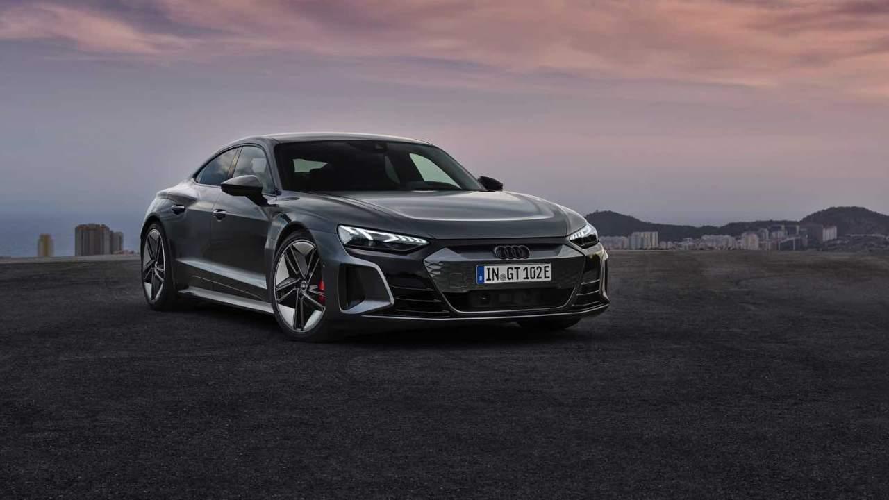 Audi borrows an old Tesla perk for the 2022 e-tron GT EV
