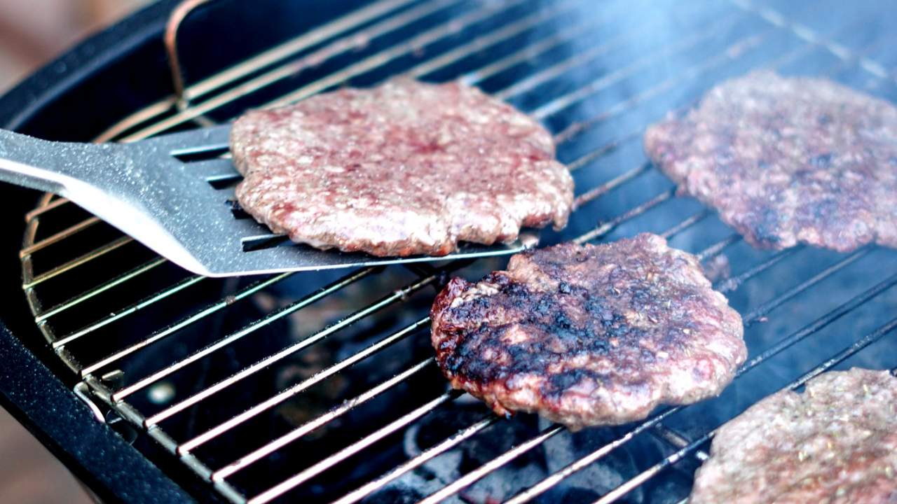 World's first lab-grown meat facility pumps out 5,000 burgers per day