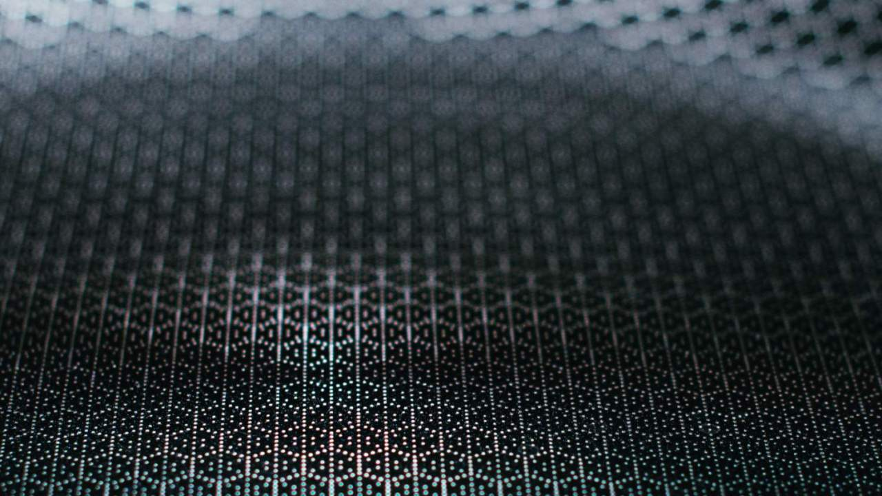 """This carbon nanotube """"reactor"""" could one day power microscopic robots"""