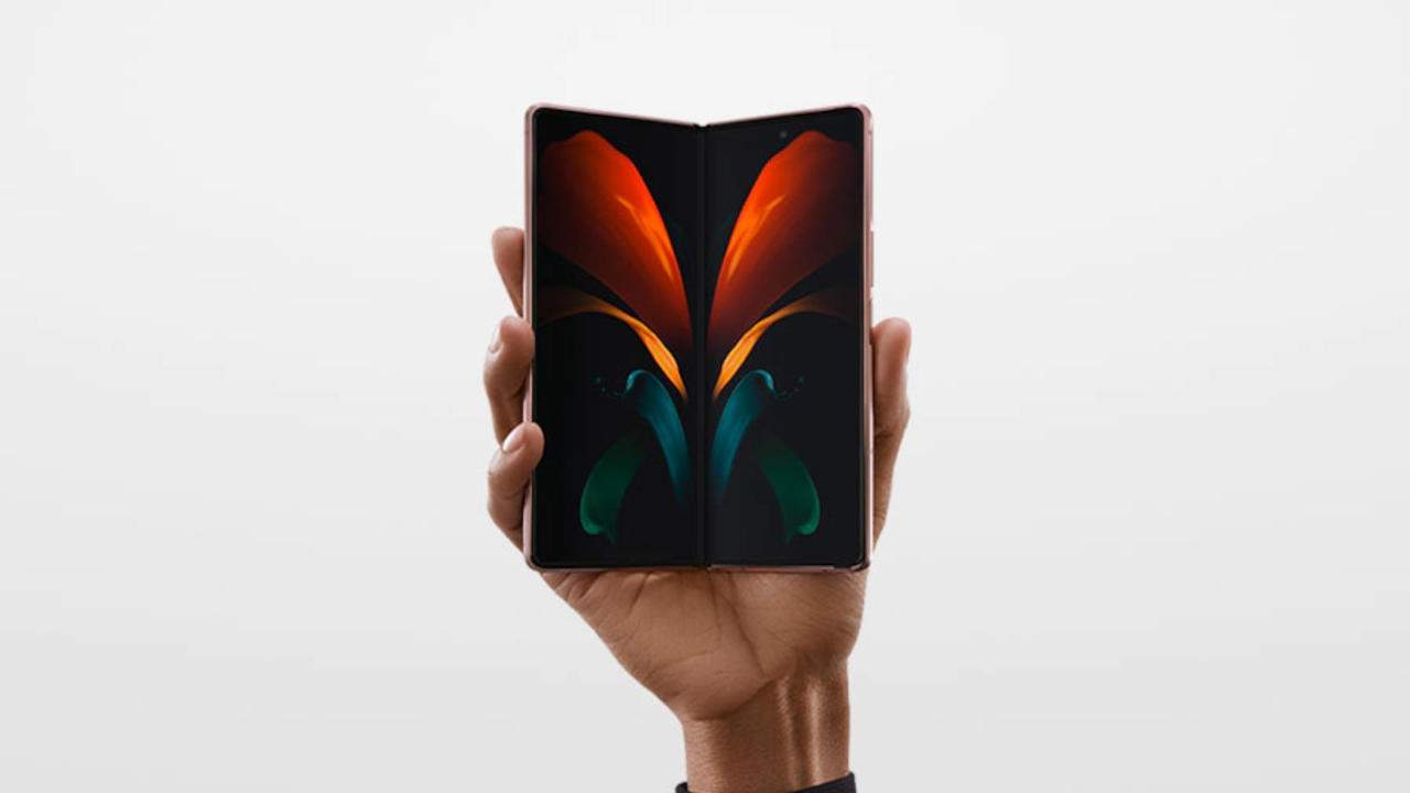 Google foldable phone allegedly confirmed in an industry report