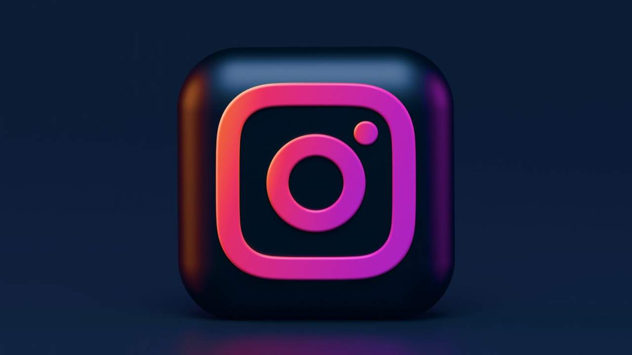 Instagram users can finally create posts with desktop web browsers