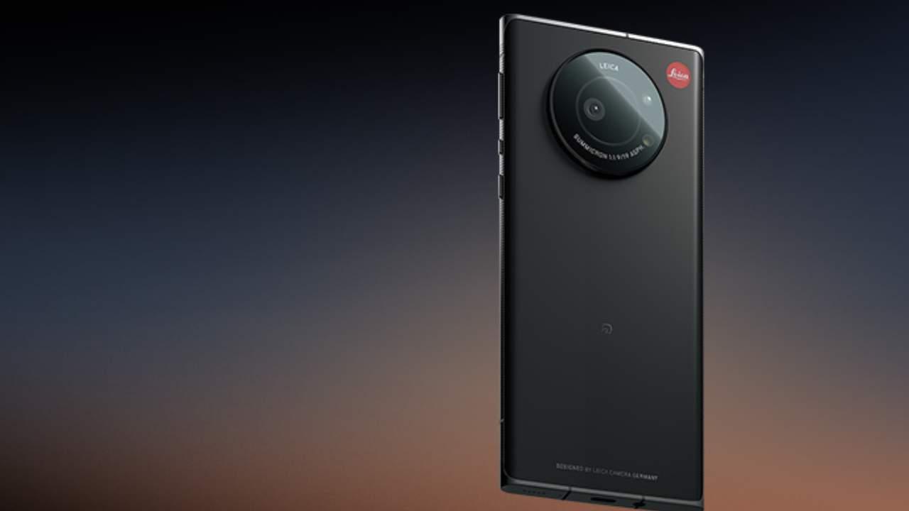 Leica Leitz Phone 1 wraps a hefty 20MP 1-inch camera in familiar design