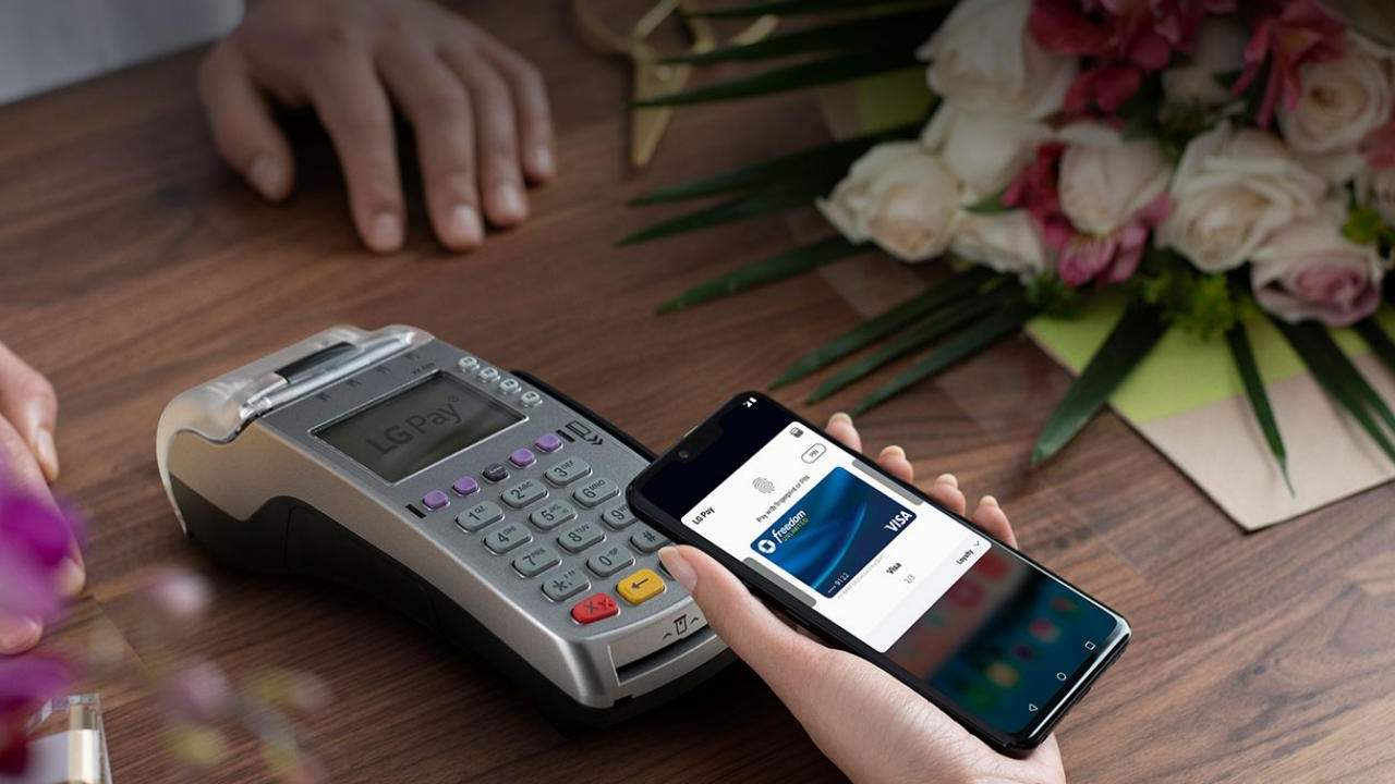 LG Pay shuts down this year as mobile business winds down