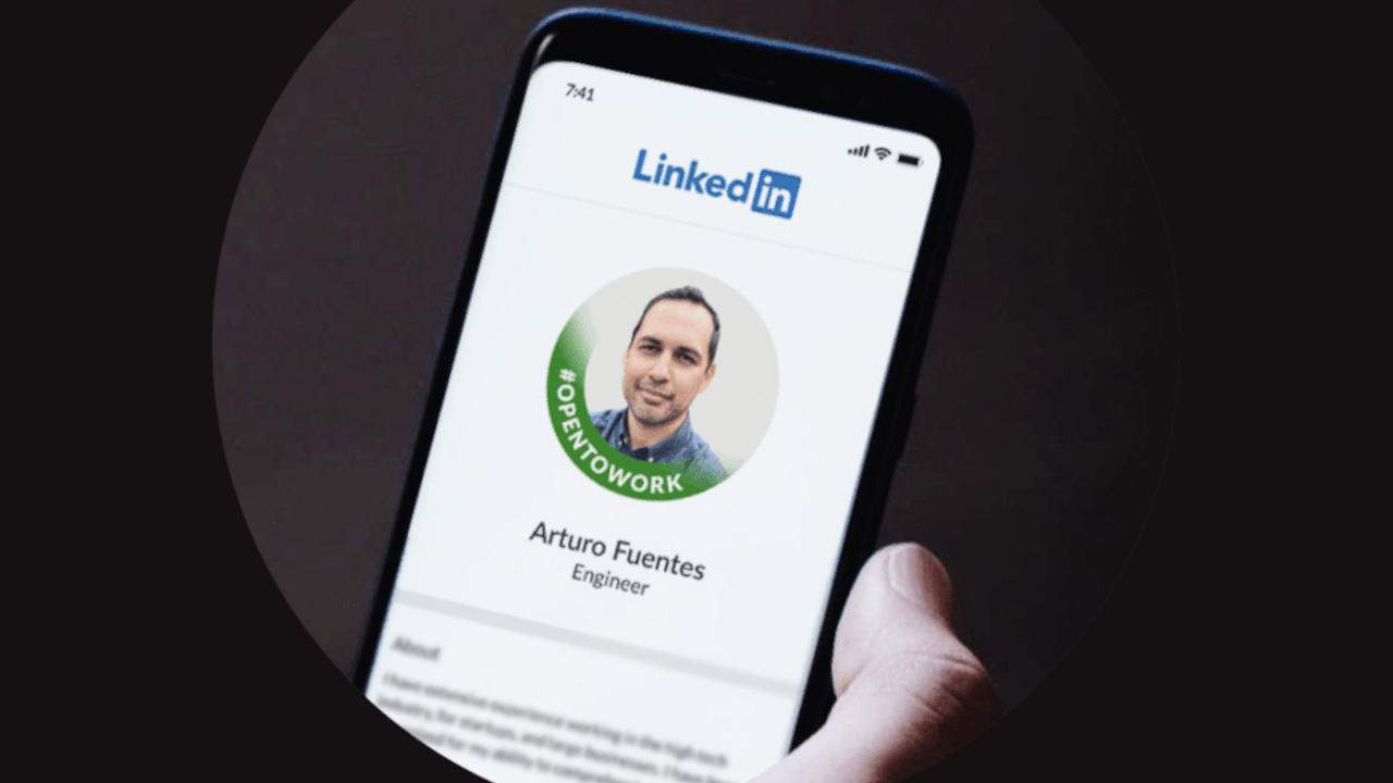 700 million LinkedIn user records are now being sold to hackers