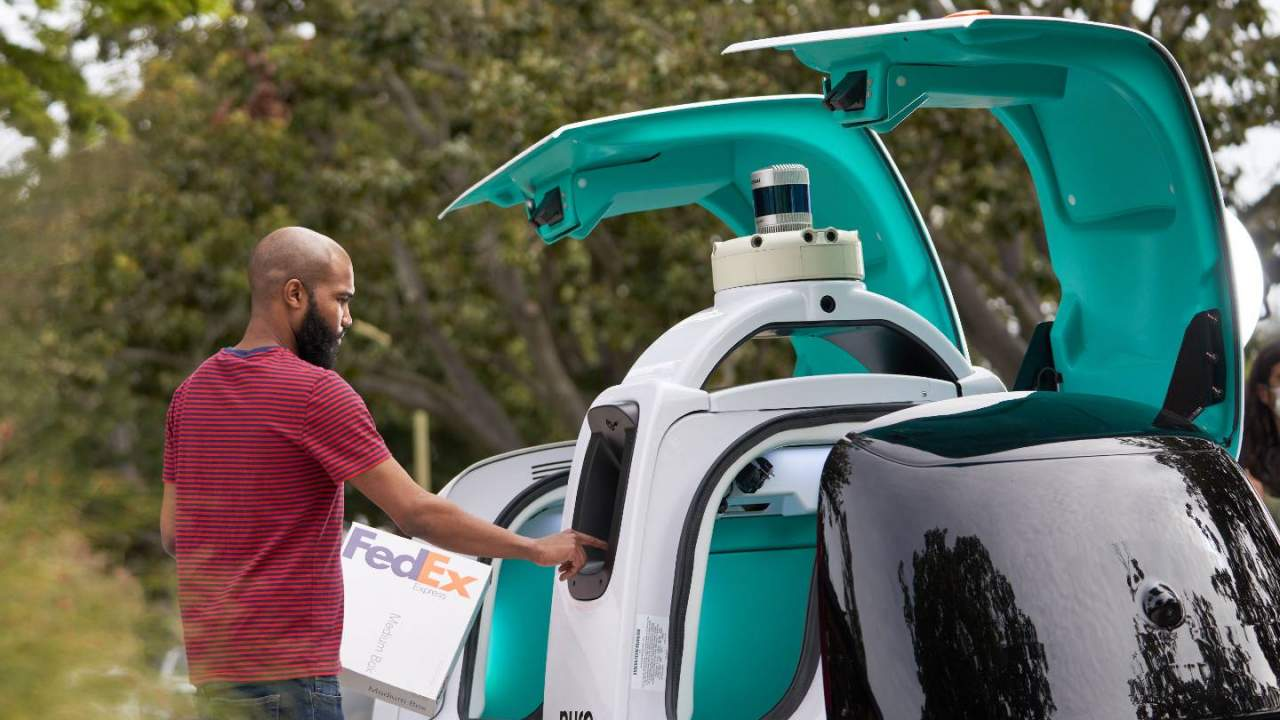 FedEx and Nuro launch pilot program to test self-driving delivery vehicle
