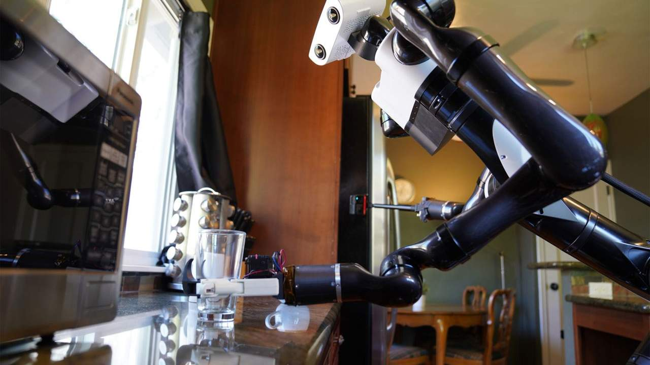 TRI reveals new robotics capabilities for complex tasks in the home