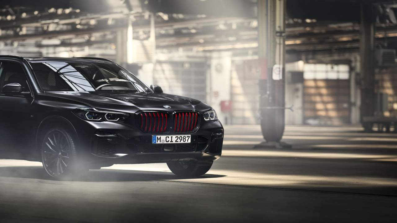 2022 BMW X5 Black Vermilion Edition has sinister black and red detailing