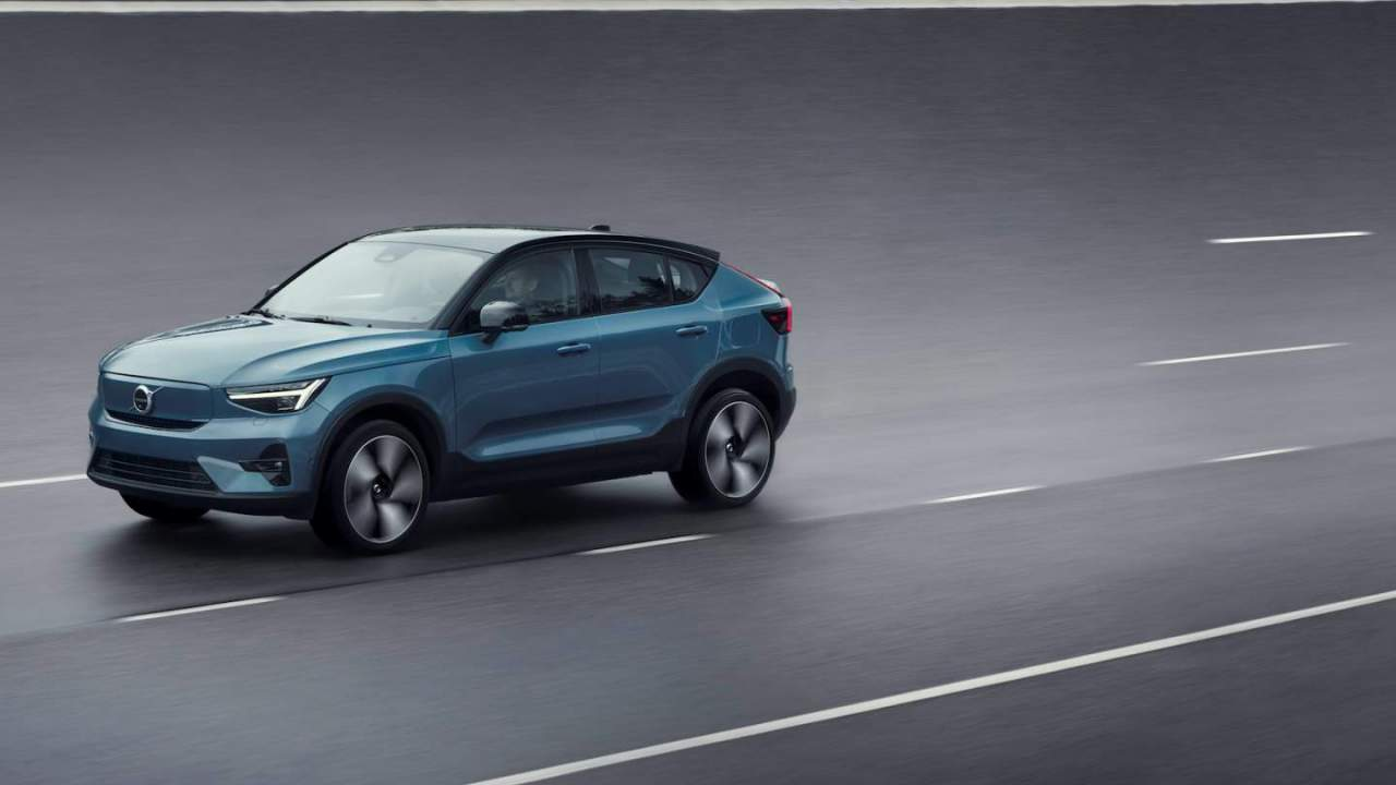 2022 Volvo C40 Recharge US price confirmed with a charging treat
