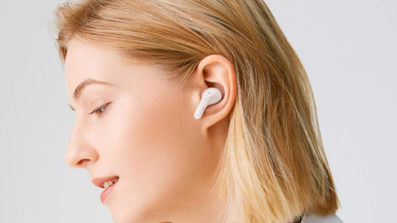 LG TONE Free FP9 and FP8 TWS earbuds learn some new tricks