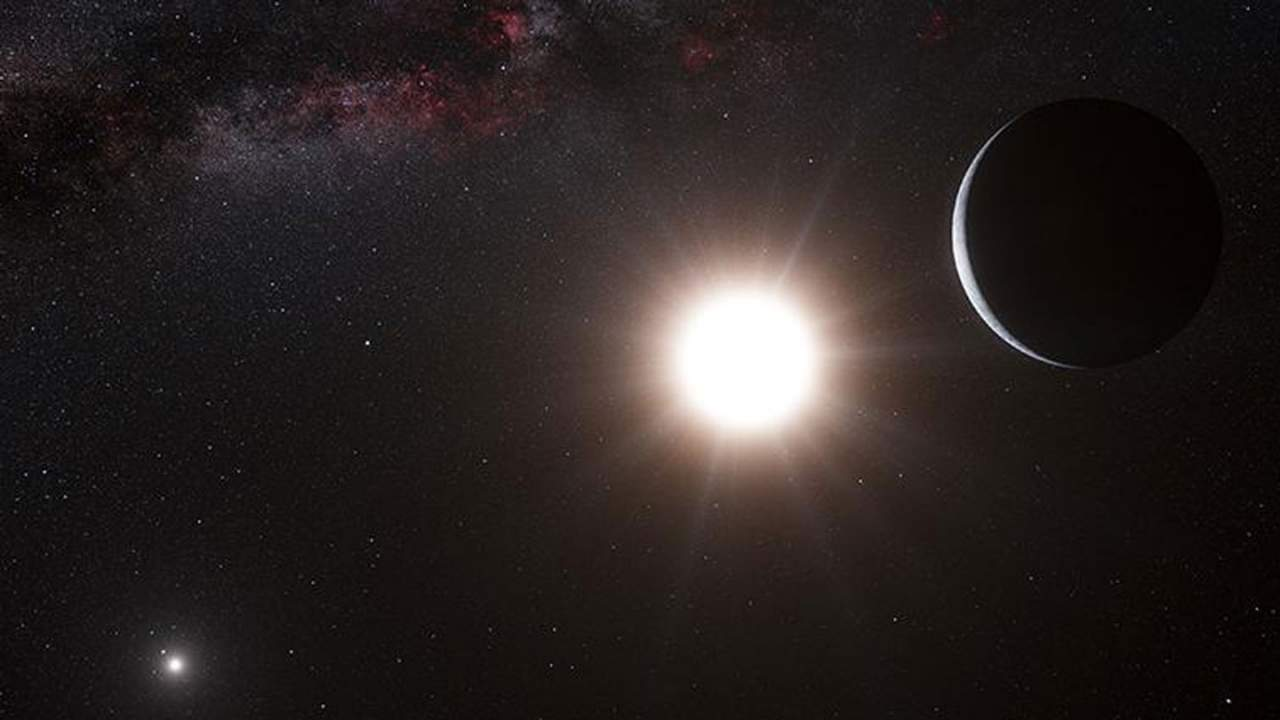 A new realistic model shows how planets form in binary star systems
