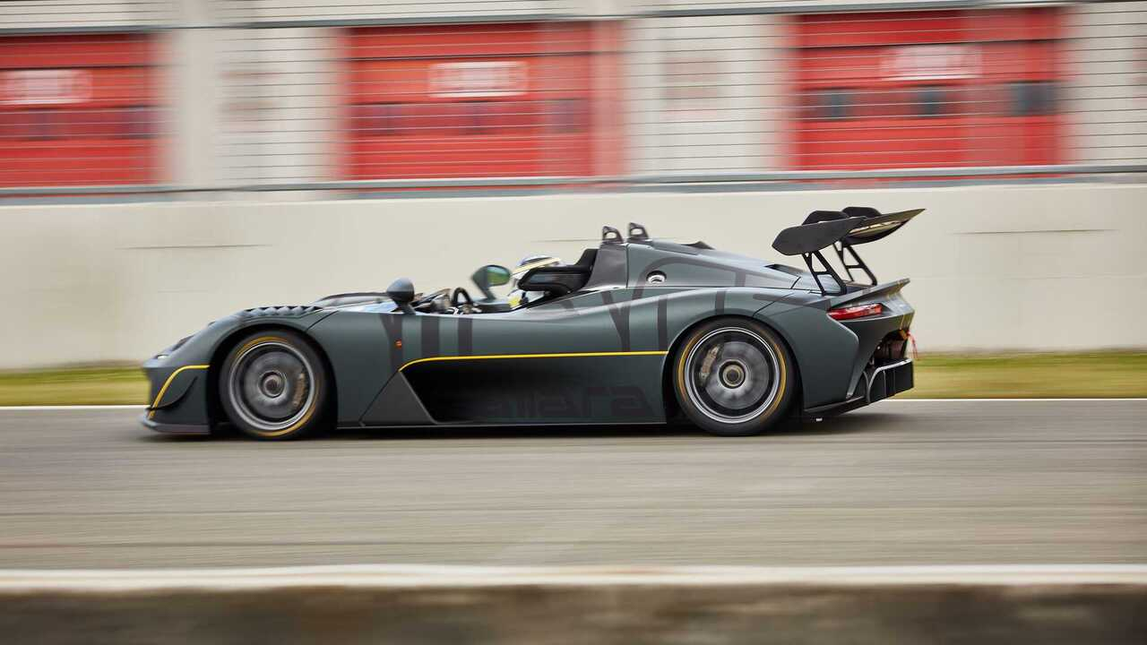 Dallara Stradale EXP is ready to race