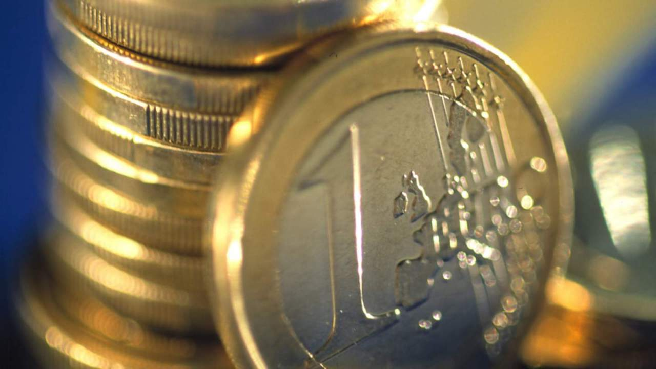 A digital euro is being developed – and faces big questions