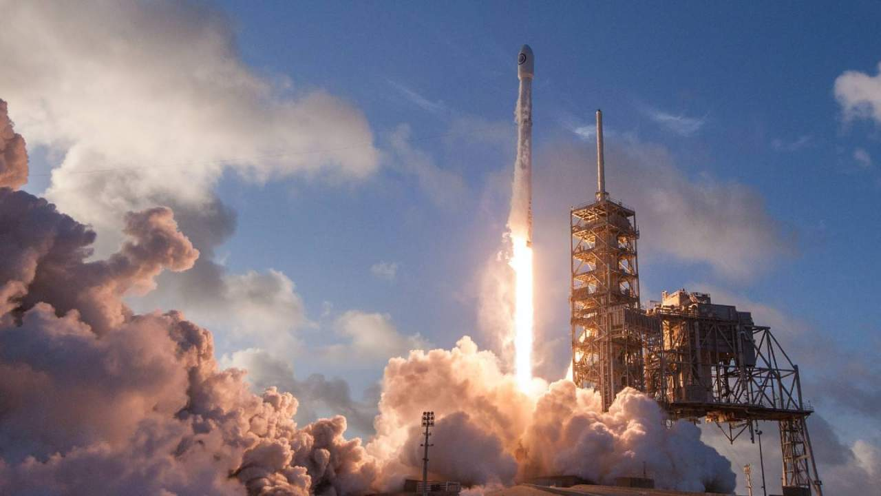 FAA opens Houston office to keep an eye on SpaceX and Blue Origin