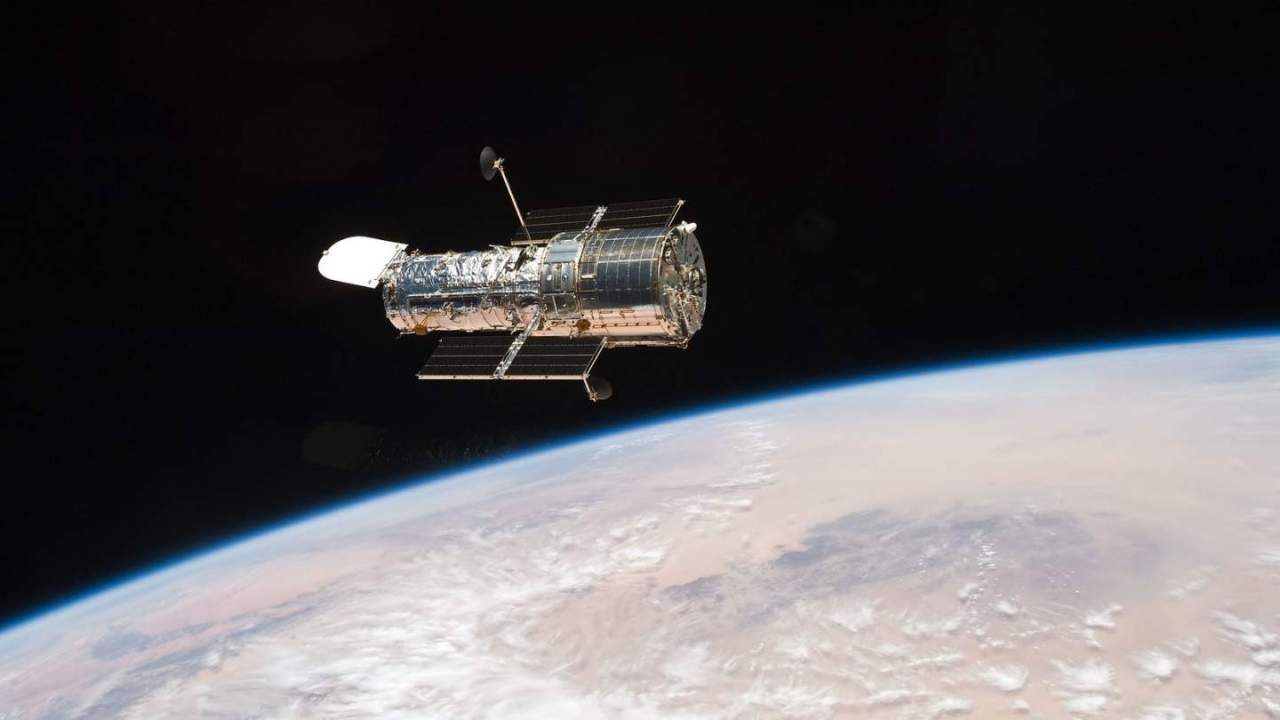 NASA: Hubble is back online and already at work