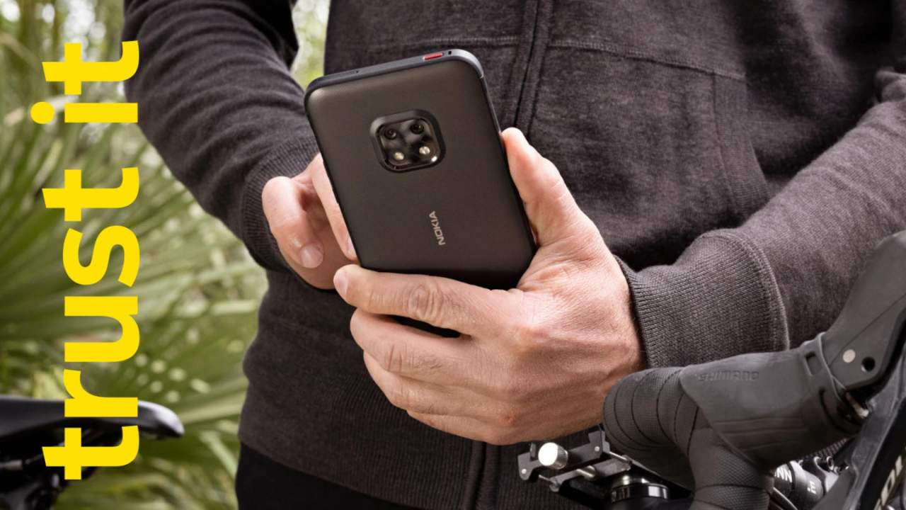 """Nokia XR20 rugged """"life-proof"""" phone doesn't look like a tank"""