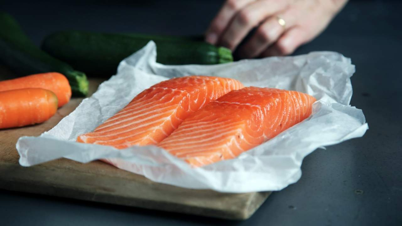 Replacing vegetable oils with fish fat may be key for migraine sufferers