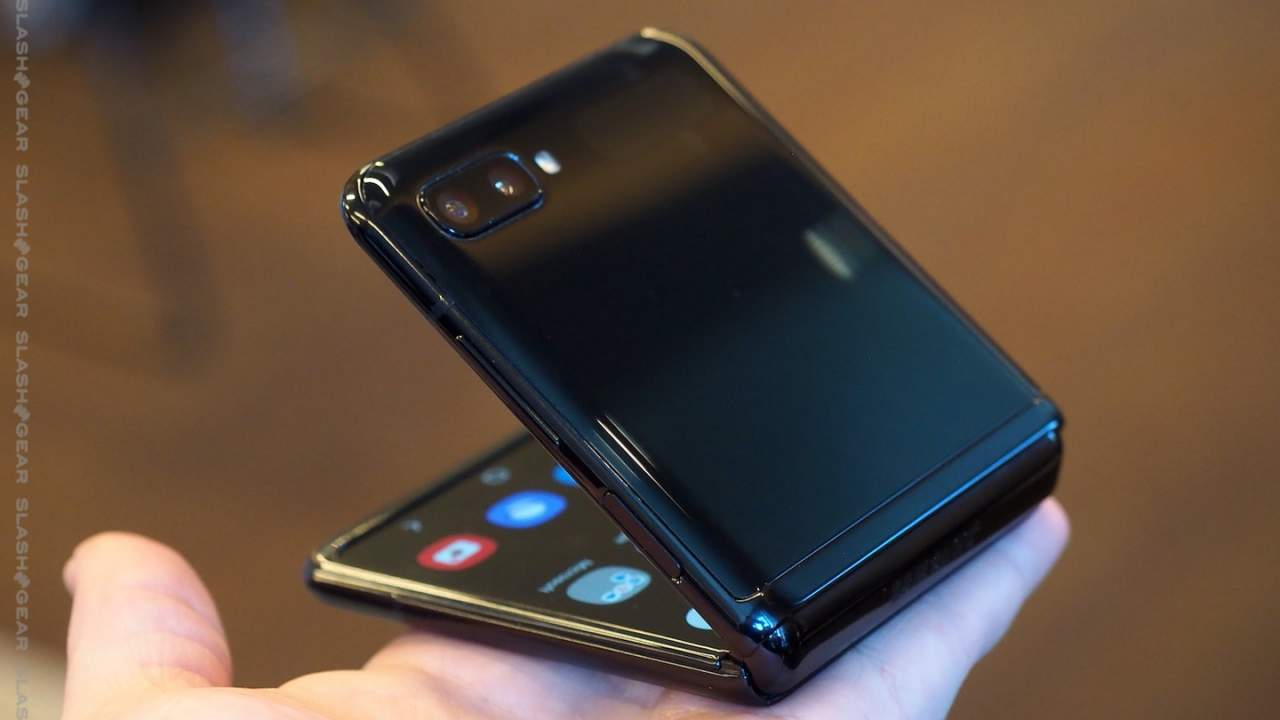 Galaxy Z Flip 3 needs to be cheaper, or this will never work