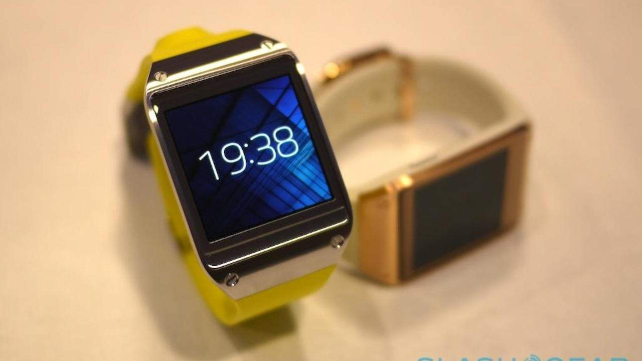 Galaxy Gear owners must upgrade to Tizen or lose Galaxy Store access