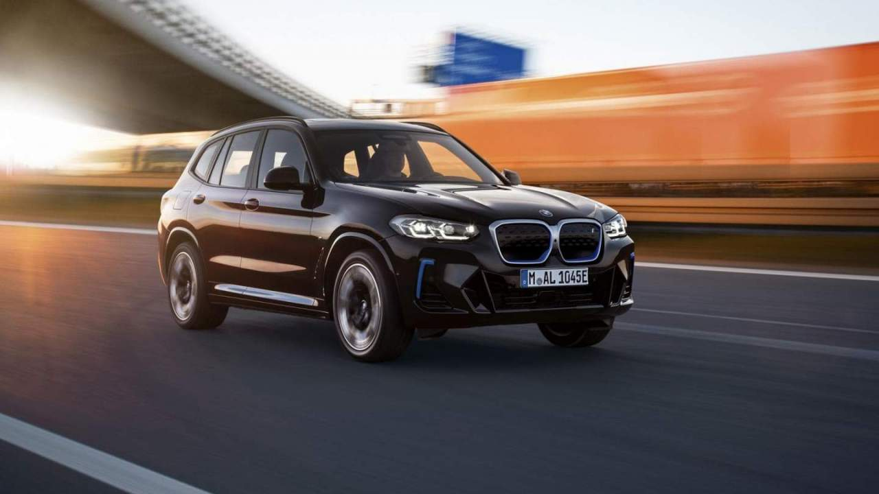 2022 BMW iX3 debuts in China with mild styling updates