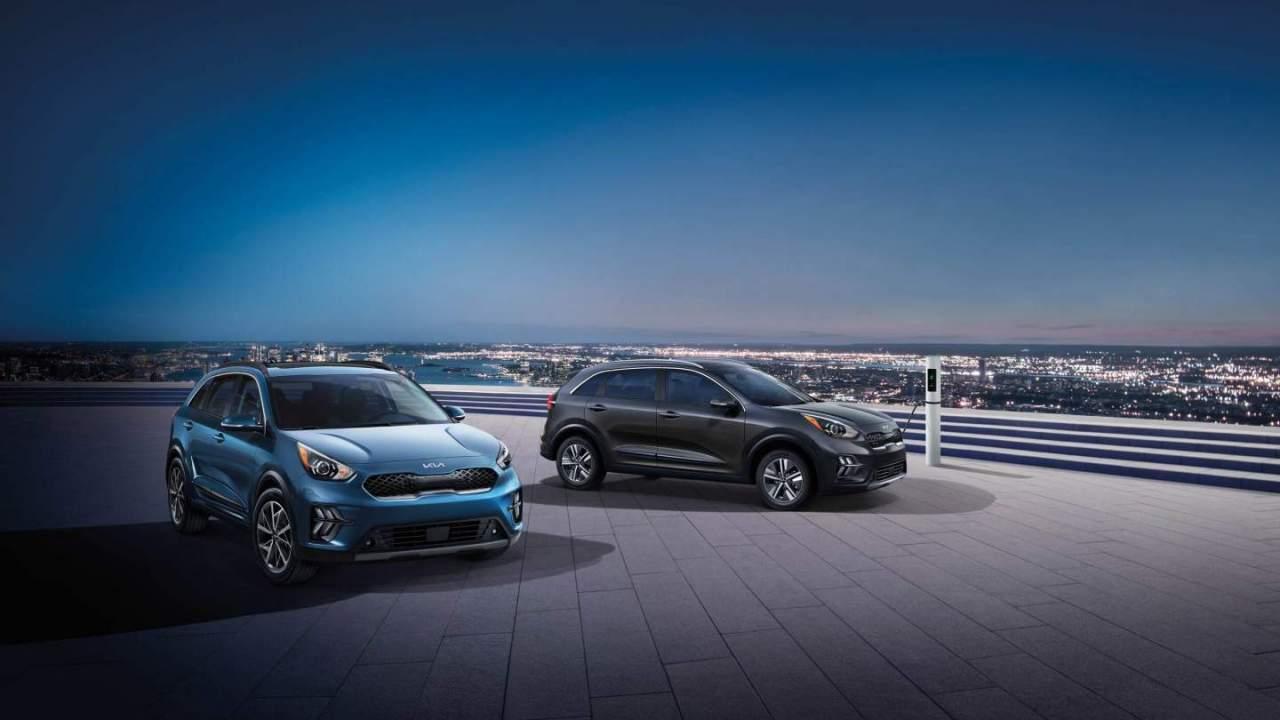 2022 Kia Niro Hybrid debuts with new Kia logos and trim variants