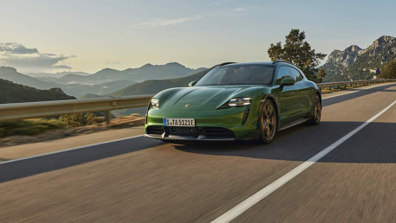 2022 Porsche Taycan adds Android Auto, auto-park option and new colors