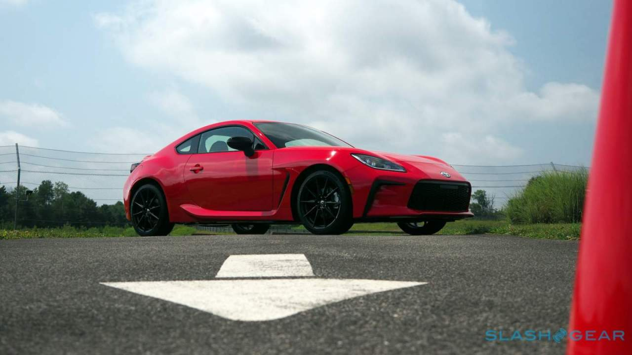 2022 Toyota GR 86 First Drive: Smile Machine