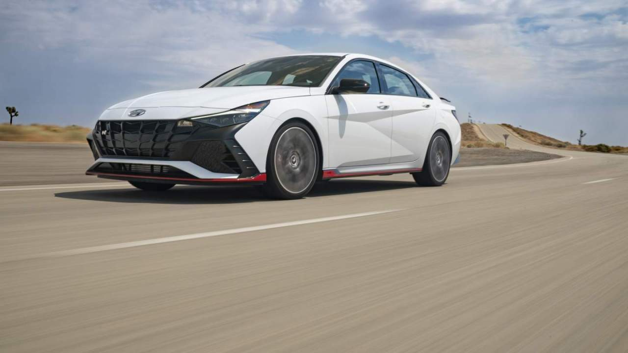 2022 Hyundai Elantra N officially debuts in North America